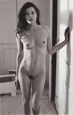 Kicsit vékonka, de bazmeg, Milla Jovovich!