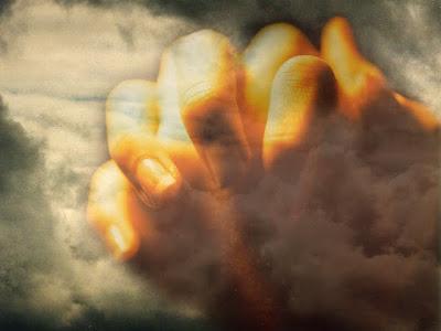 Risultati immagini per Immagini orizzonti al tramonto o all'alba, uomini in preghiera