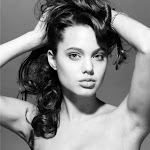 Anjelina Jolie At The Age Of 16