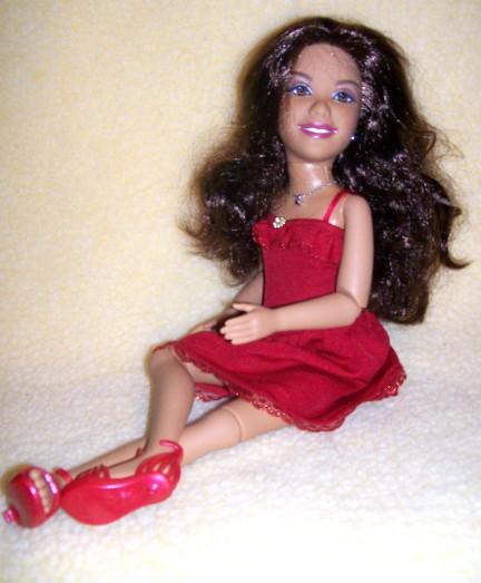 Thrift Store Dolls: Gabriella