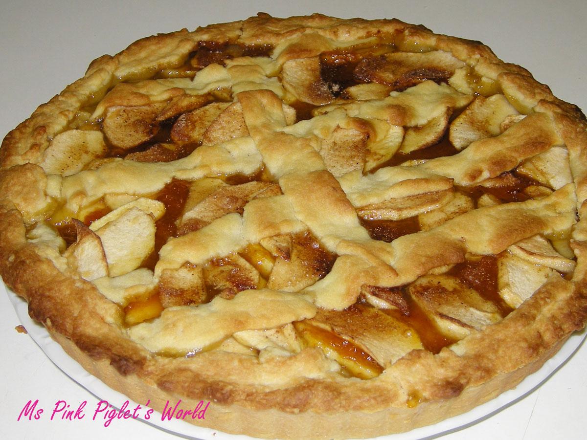 Ms pink piglet 39 s world crostata di mele classic apple tarte for Crostata di mele