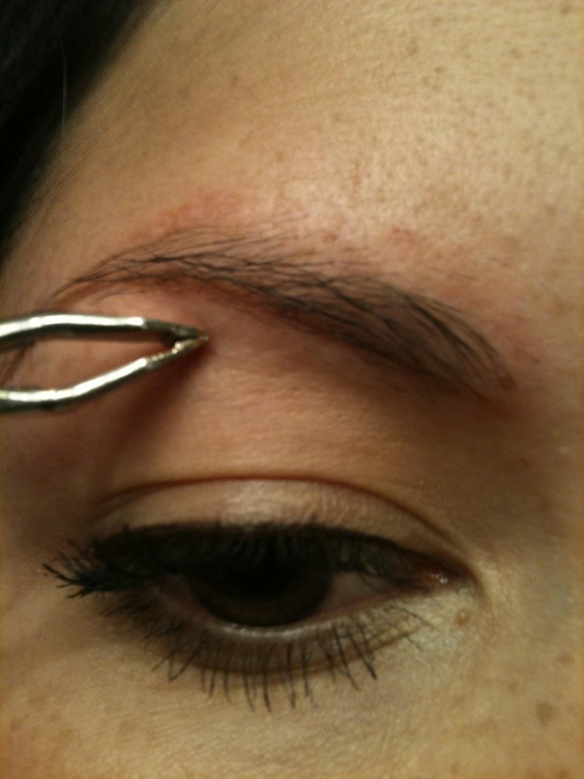 Nikra's Make up: How to shape you eyebrows