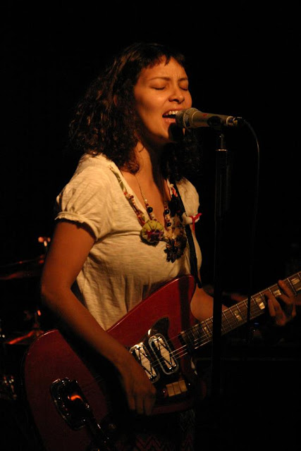 MusicLoad.Com presents Gaby Moreno