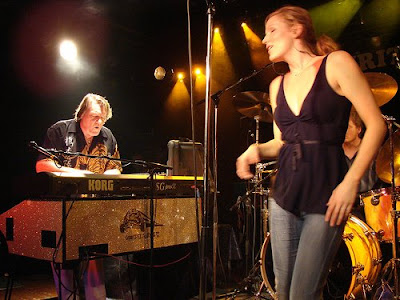 MusicLoad.Com presents Brian Auger & Family