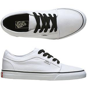 c0994204ee Holy Crap More New Vans!!! Zaparto Del Barco. No Skool Black White. Chukka  Low White (Canvas)