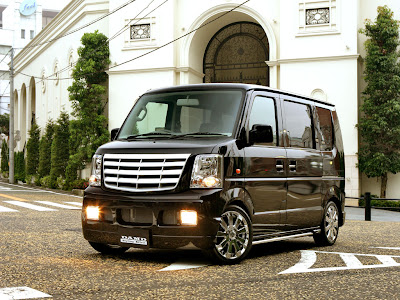 Car Design 2012: DAMD: Mini Shot Suzuki want's to be an Escalade