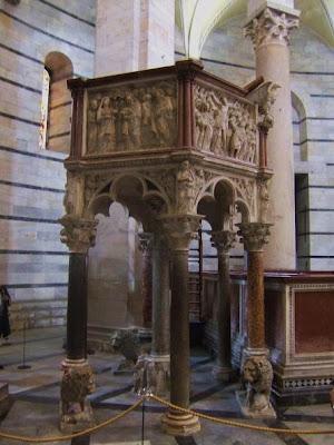 Nicola Piseno's pulpit