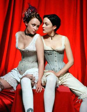 Lesbians in lust