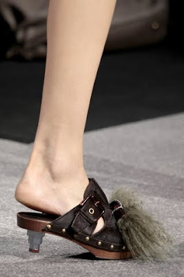 Louis Vuitton Spring Summer 2010