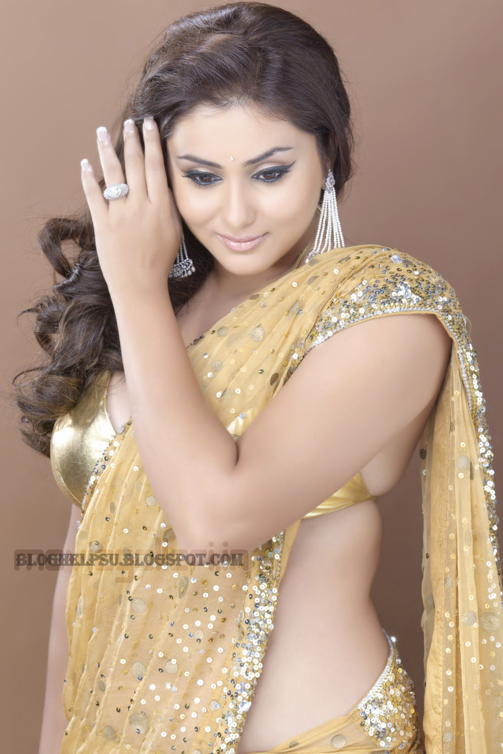 hot saree wallpapers