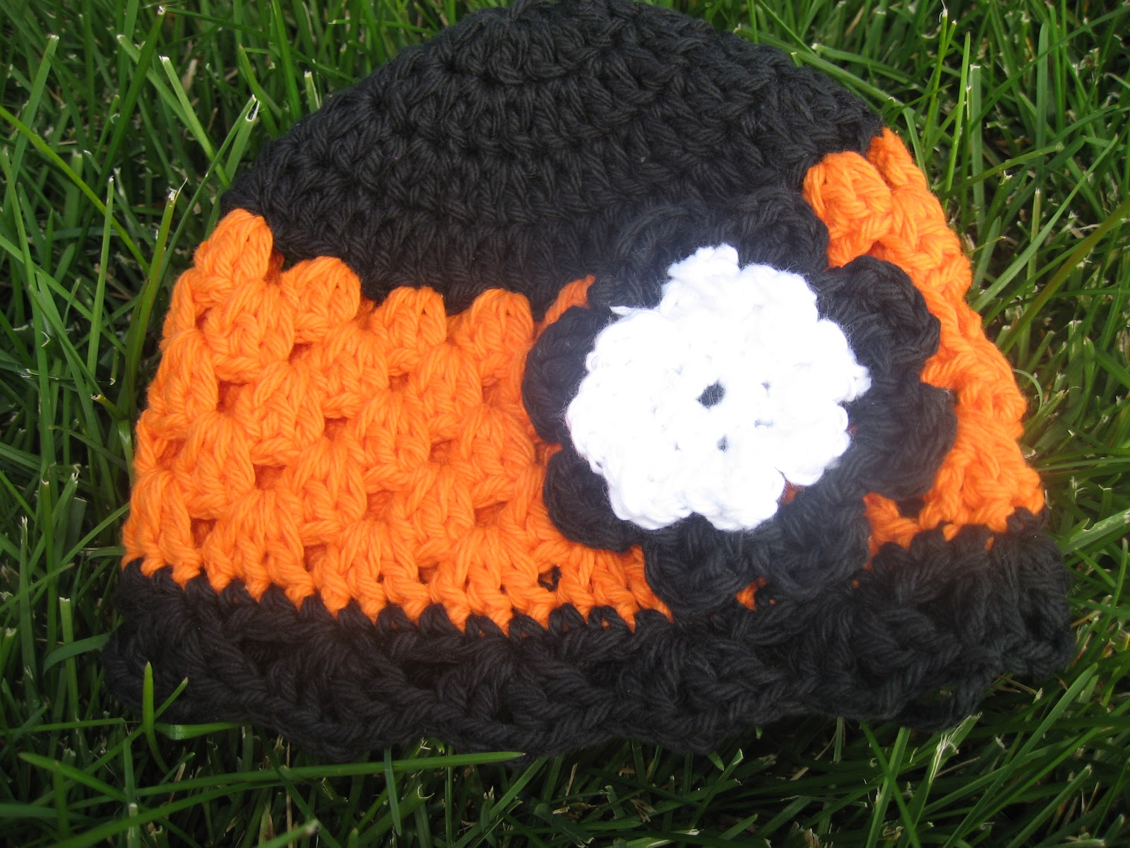 Girl In Air Blog Happy Halloween Hat How To