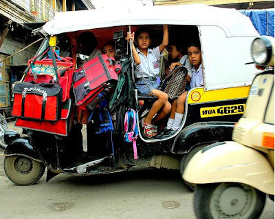 [Image: school_buses_in_india_09.png]