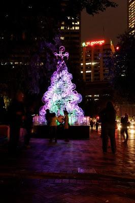 Árvore de Natal feita com 100 bicicletas 24