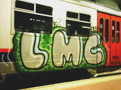 Leon1 LMC graffiti train