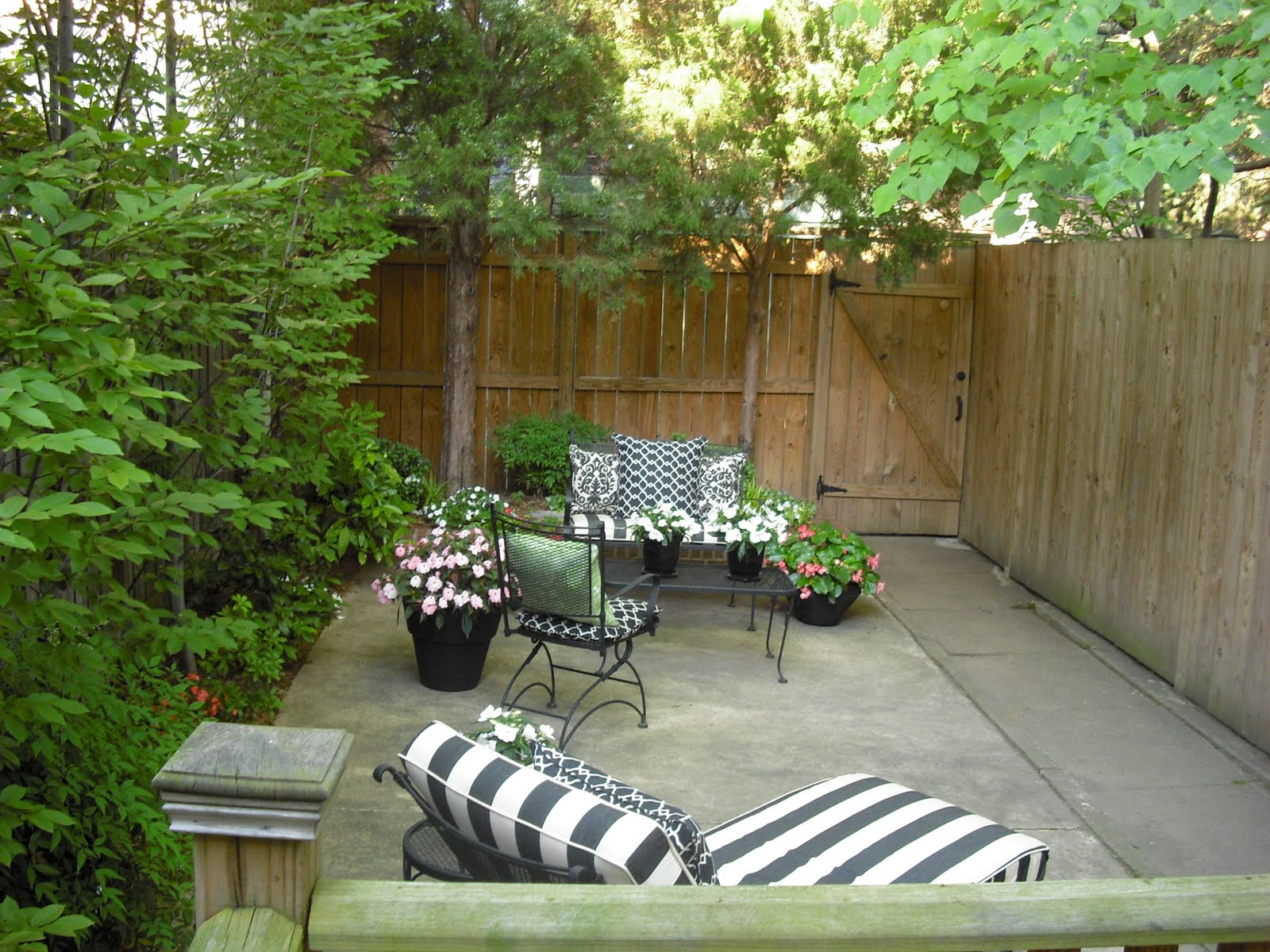 Remodelaholic | Back Patio Updated With Deck And Furniture