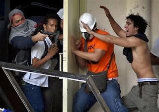 UCV.VIOLENCIA+CHAVISTA.jpg