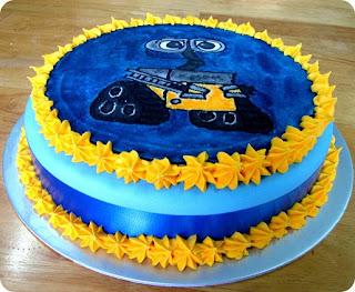 Wall E Cakes