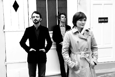 Tuesday Tune, French Band 'Diving With Andy', Natasha in Oz