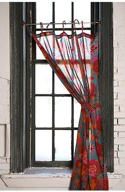 Natural Surroundings: Osaka Curtain