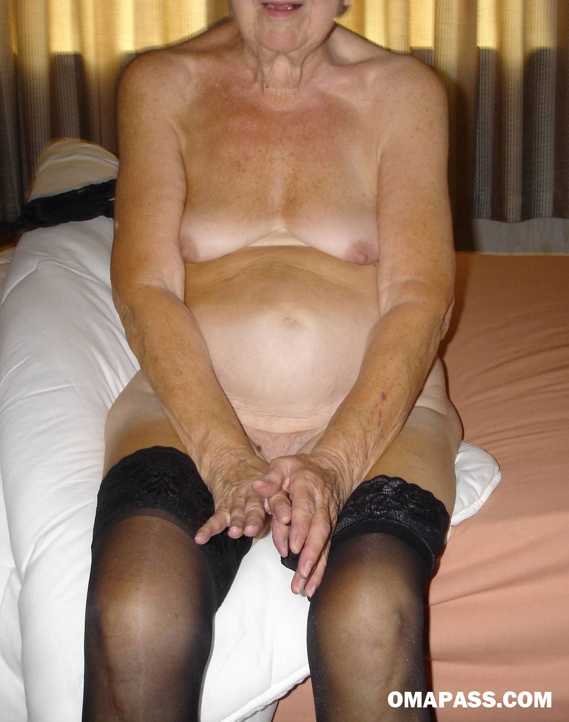 Oldest Pussy 13