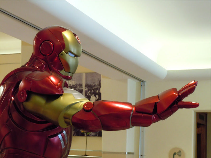 Iron Man 2 outstretched arm