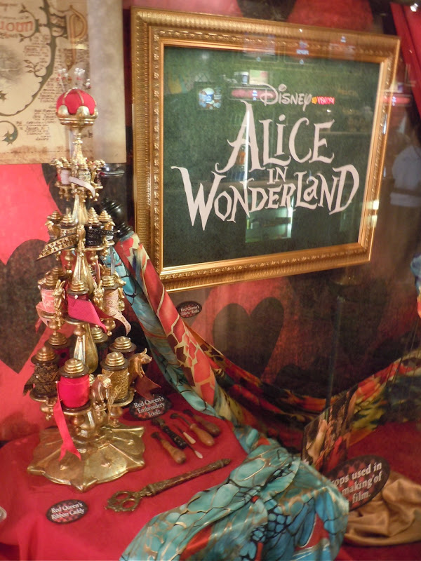 Alice in Wonderland Red Queen movie props