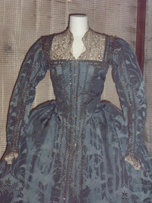 Cate Blanchett's Elizabeth The Golden Age film costume