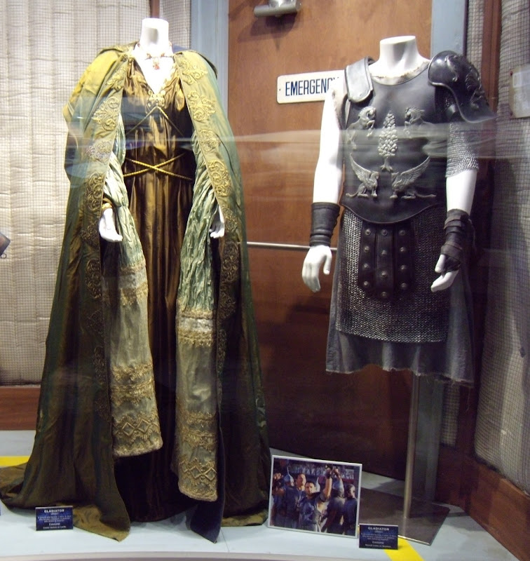 Gladiator movie costumes for Lucilla and Maximus & Russell Crowe and Connie Nielson original Gladiator costumes ...