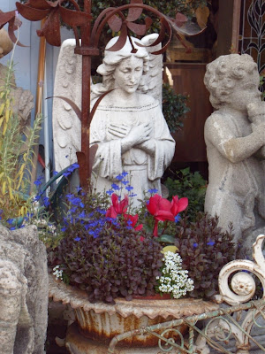 Antique angel statue