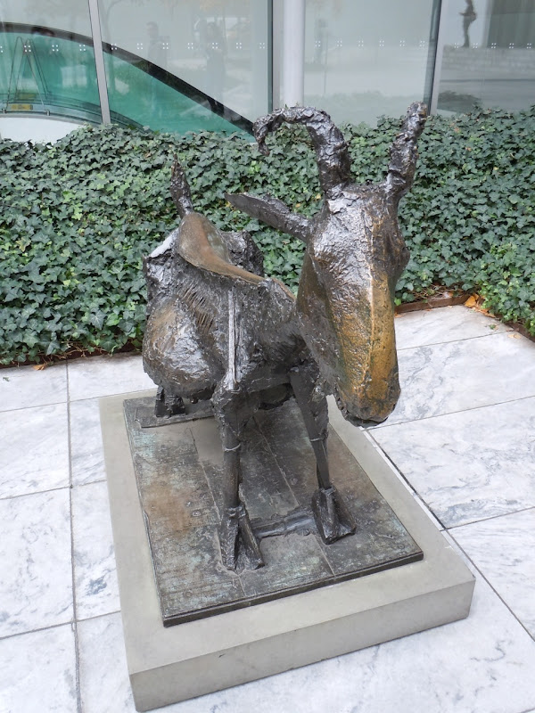 Displaying 20 gt  Images For - Picasso Sculpture Goat   Picasso Goat Sculpture