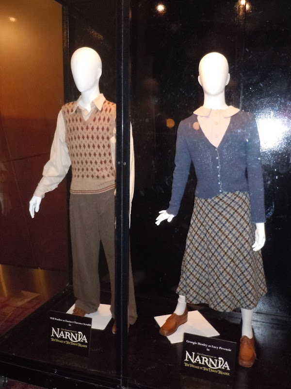 Narnia Dawn Treader Eustace and Lucy movie costumes