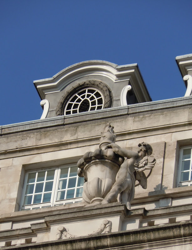 Piccadilly building angel