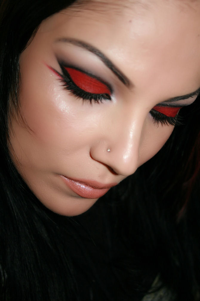 """LOVE ME RED"" Make-up Tutorial"