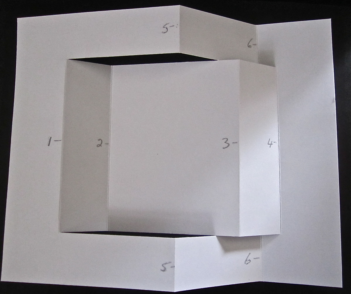 My Buttons N'Bows: Tri Fold Card & Directions
