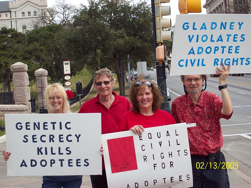 First Mom and activist Linda Burns and pals in Austin at ...