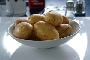 [potatoes+in+a+bowl]