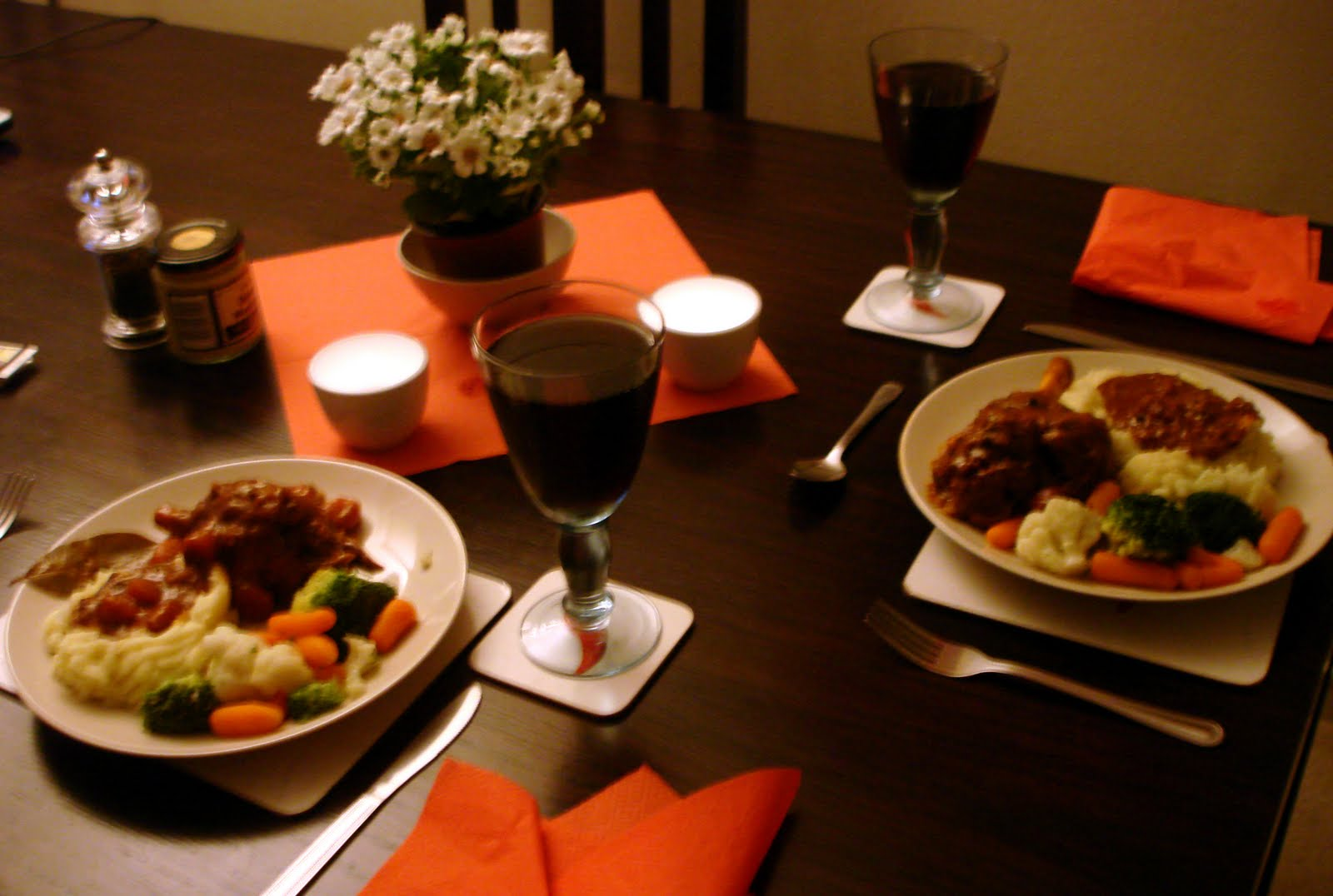 Decorating For Christmas Ideas Creative Cooking With Muriel Lamb Shanks In Red Wine