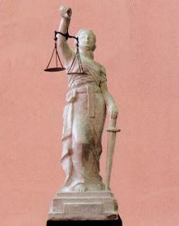 Analogia y principios del Derecho