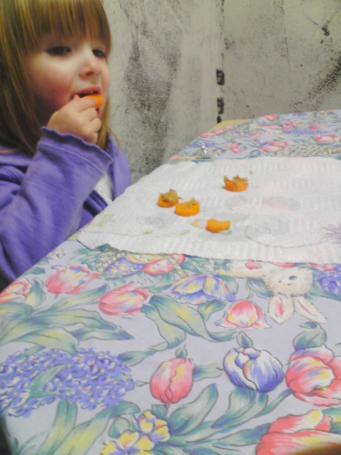 Cute, Edible Carrot Crafts for Preschool Kids Make a car healthy snack