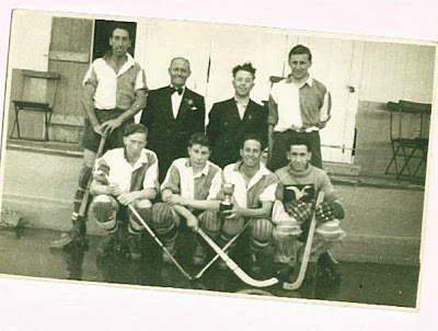 Roller skating hockey team
