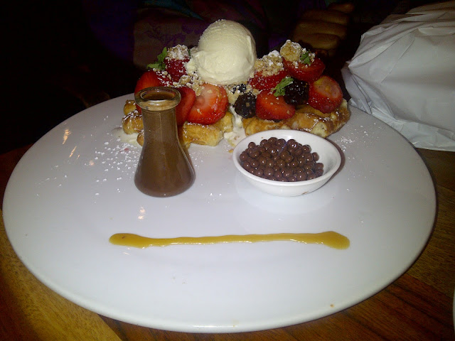 Eating Fabulously, Christopher Stewart, Max Brenner in Union Square,