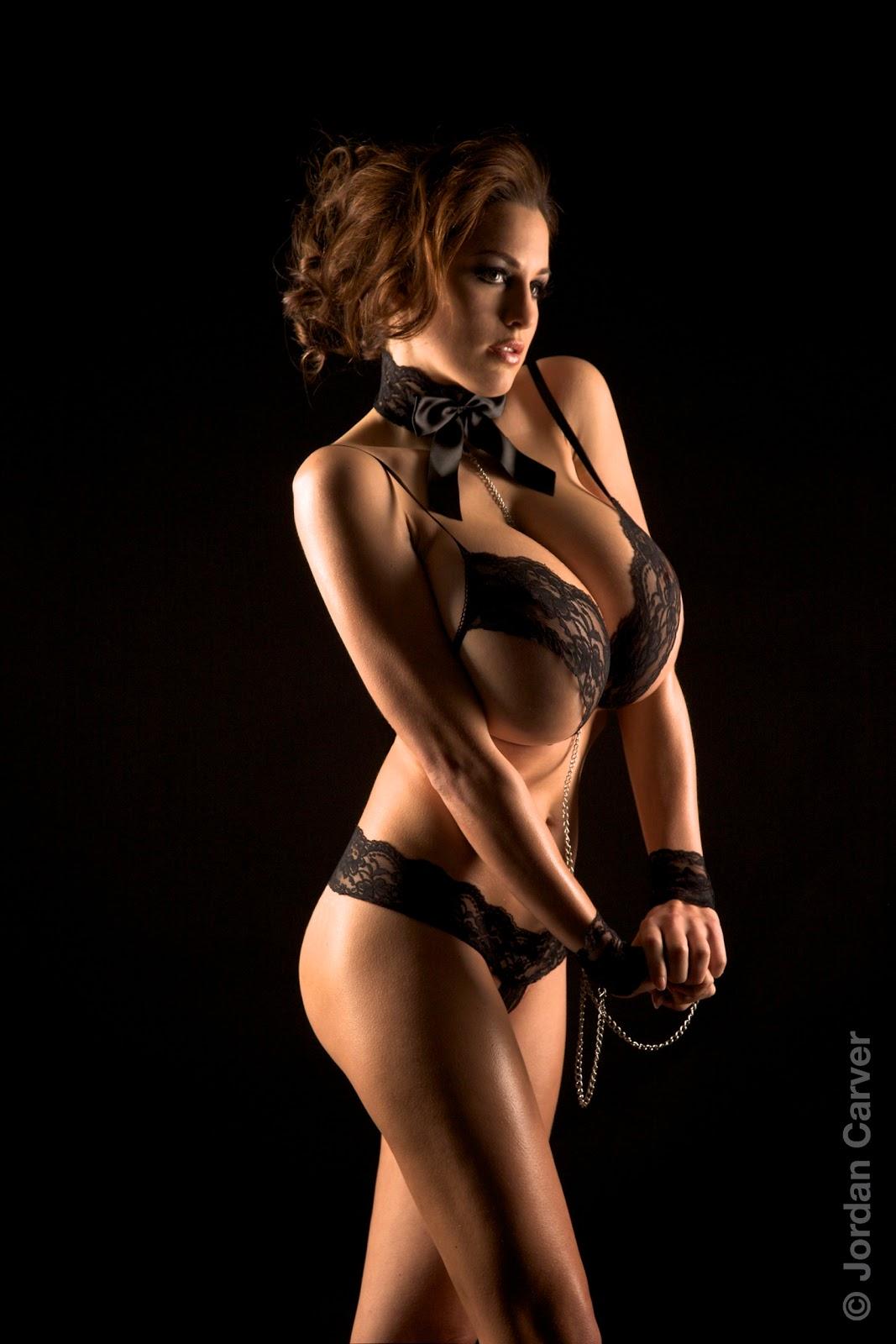 Hot Chicks: Jordan Carver...mega tits.