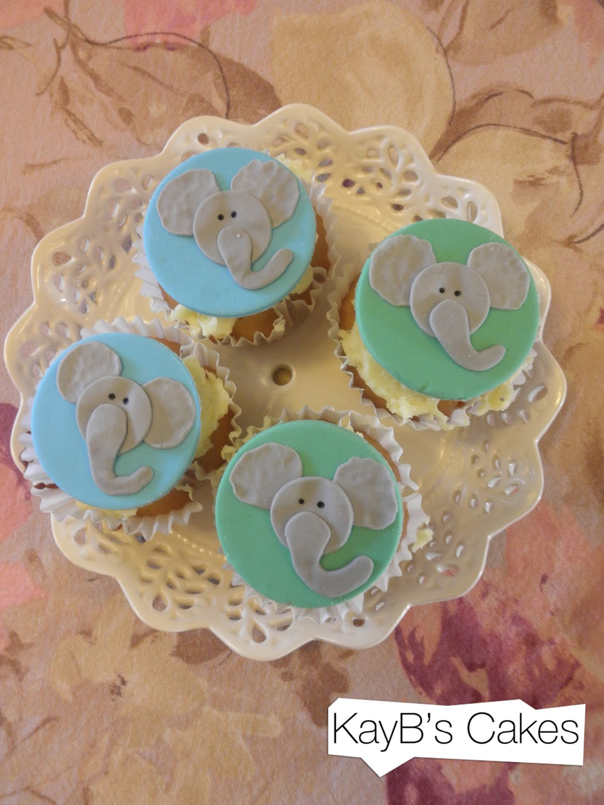 Kayb S Cakes Elephant Cupcakes For Baz S Birthday
