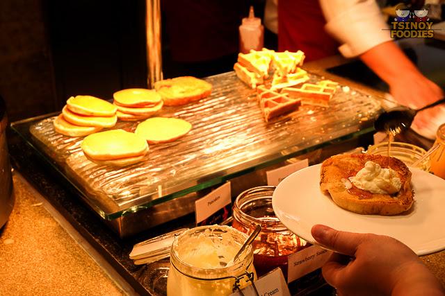 heat breakfast buffet