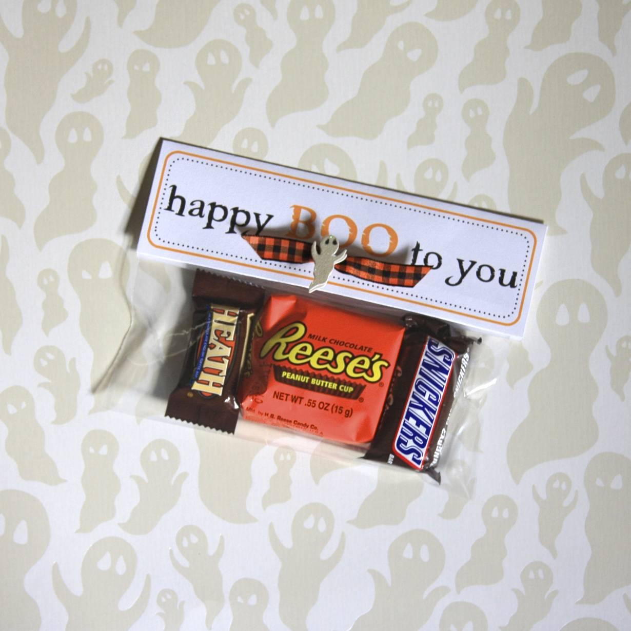 Halloween Treat Bag Topper | iloveitallwithmonikawright.com