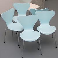 Mesa y Silla Serie 7 de Arne Jacobsen