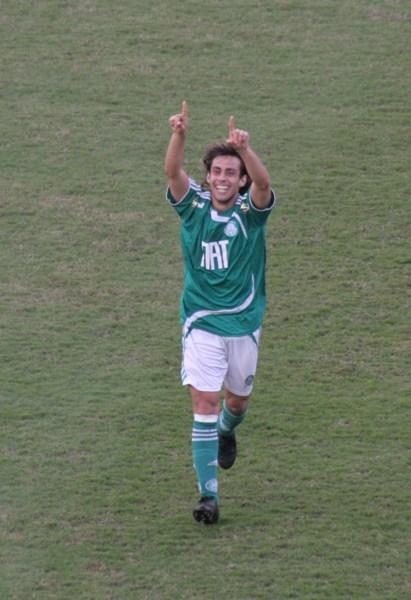 Valdivia vive o melhor momento da sua carreira