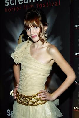 Showcasing Talented Girls World Wide: Bella Thorne ...