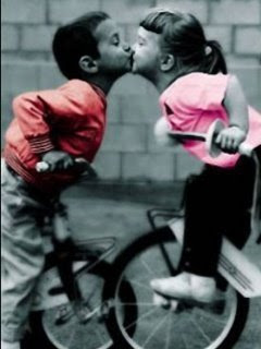 Cute Boy And Girl Friendship Wallpapers Cute Kissing Kids