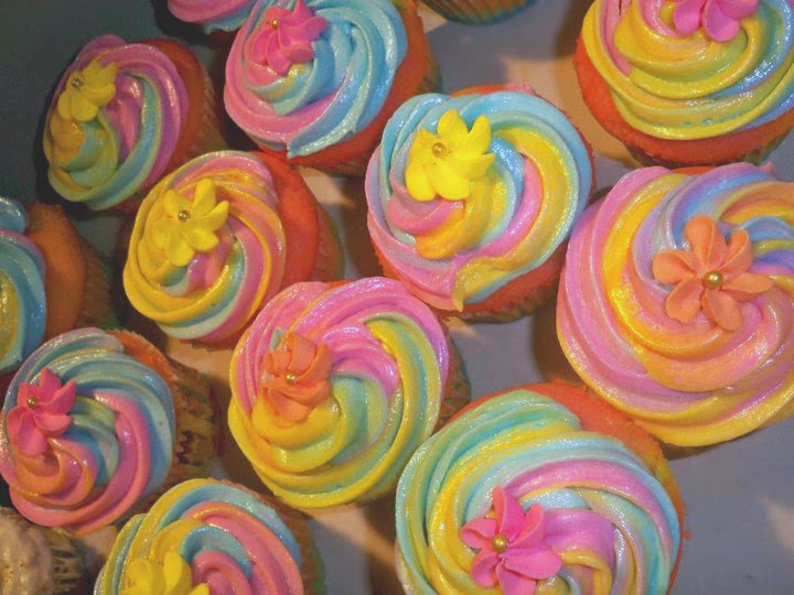 With Icing on TOP: We also do cupcakes!